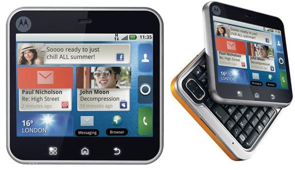 Motorola-Flipout-01