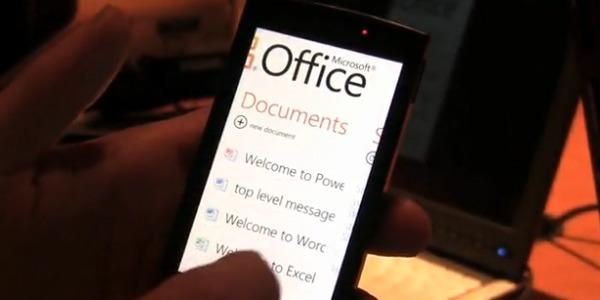 Windows Phone 7, disponible en octubre