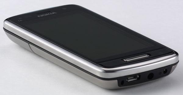 Nokia-C6-01-06