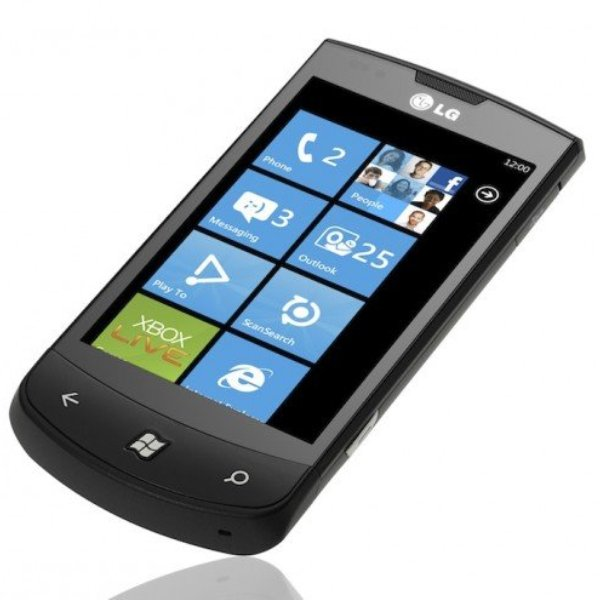 LG Optimus 7 05