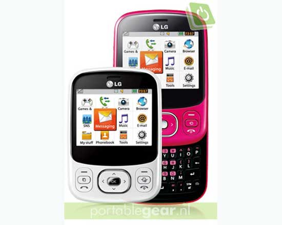 lg-intouch-lady-c320