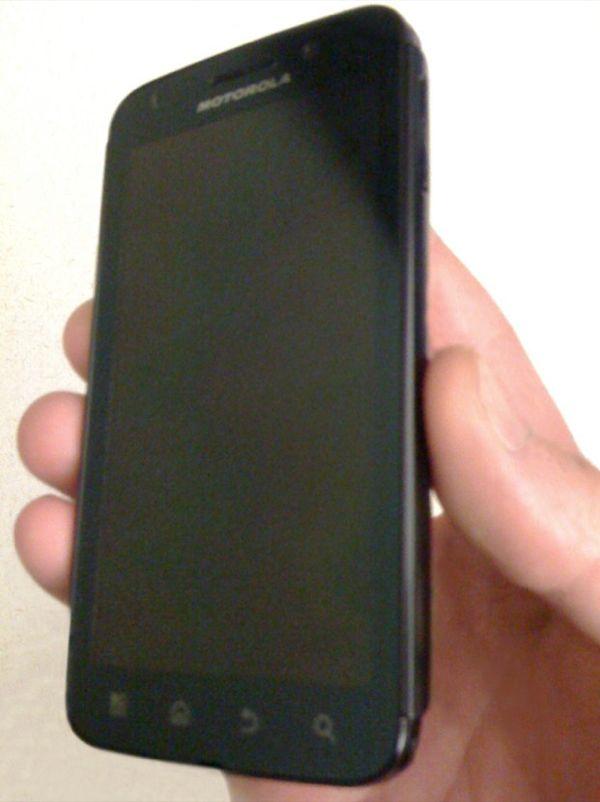 Motorola Olympus, primeras imágenes de un nuevo terminal con Tegra 2