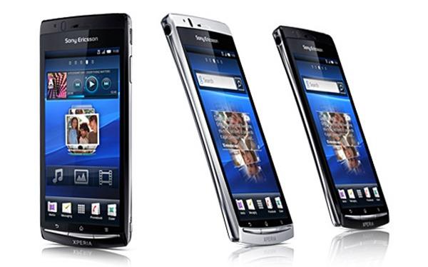 Sony-Ericsson-XPERIA-Arc-04