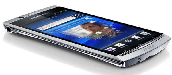 Sony Ericsson Xperia Arc S vs Sony Ericsson Xperia Arc 2