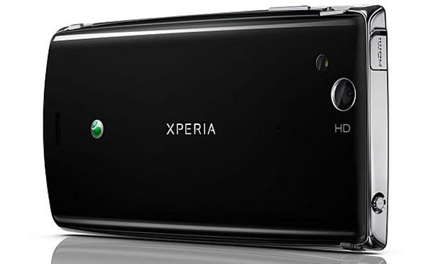 Sony Ericsson Xperia Arc S vs Sony Ericsson Xperia Arc 3
