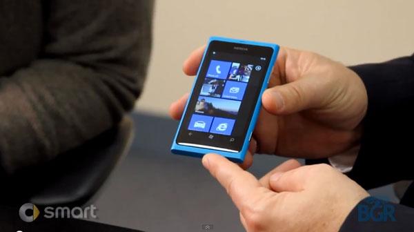 """Nokia: """"nuestra competencia es iPhone y Android"""""""