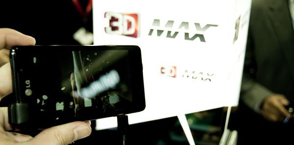 El LG Optimus 3D Max inicia el abordaje de Europa