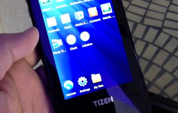 Samsung y HTC lanzarán móviles Tizen en la segunda mitad de año