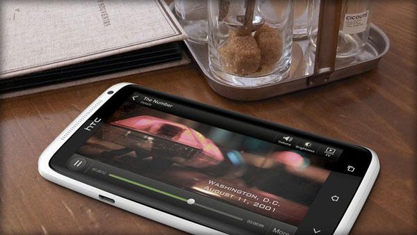 Nokia Lumia 920 vs. HTC One X