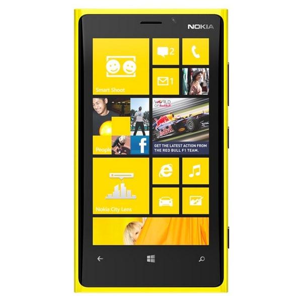 Nokia Lumia 920 vs iPhone 5