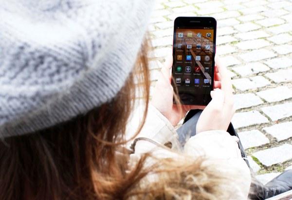 Woxter Zielo S10, smartphone con pantalla HD de tipo OGS