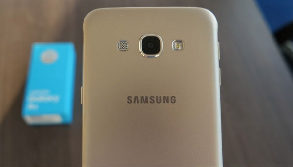 El Samsung Galaxy C5 muestra detalles de su diseño y características