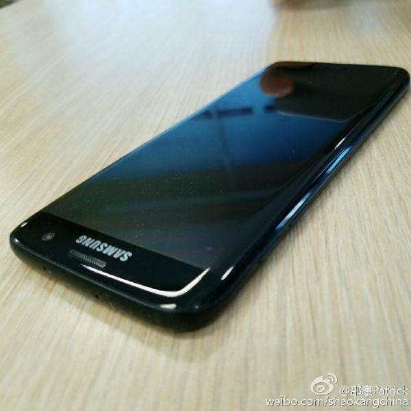 Se filtran las primeras imágenes del Galaxy S7 Edge en negro brillante