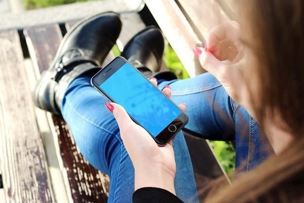 5 usos absurdos para tu móvil