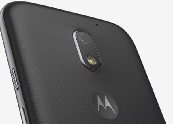 Comparativa Motorola™ Moto™ E4 vs Moto™ E3 parte camara Moto™ E3