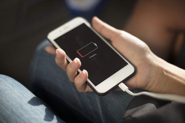 5 ajustes que te ayudarán a ahorrar batería en tu móvil Android