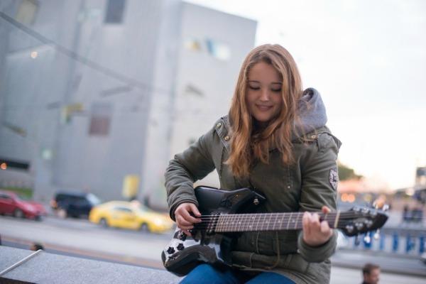 Convierte a usted iPhone en el corazón de alguna guitarra eléctrica