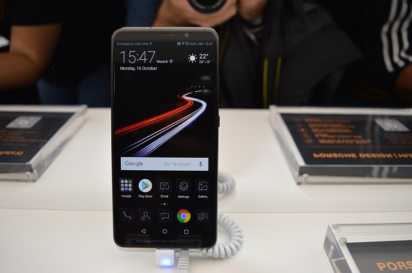 Vodafone vende en España el Huawei Mate 10 Porsche Design