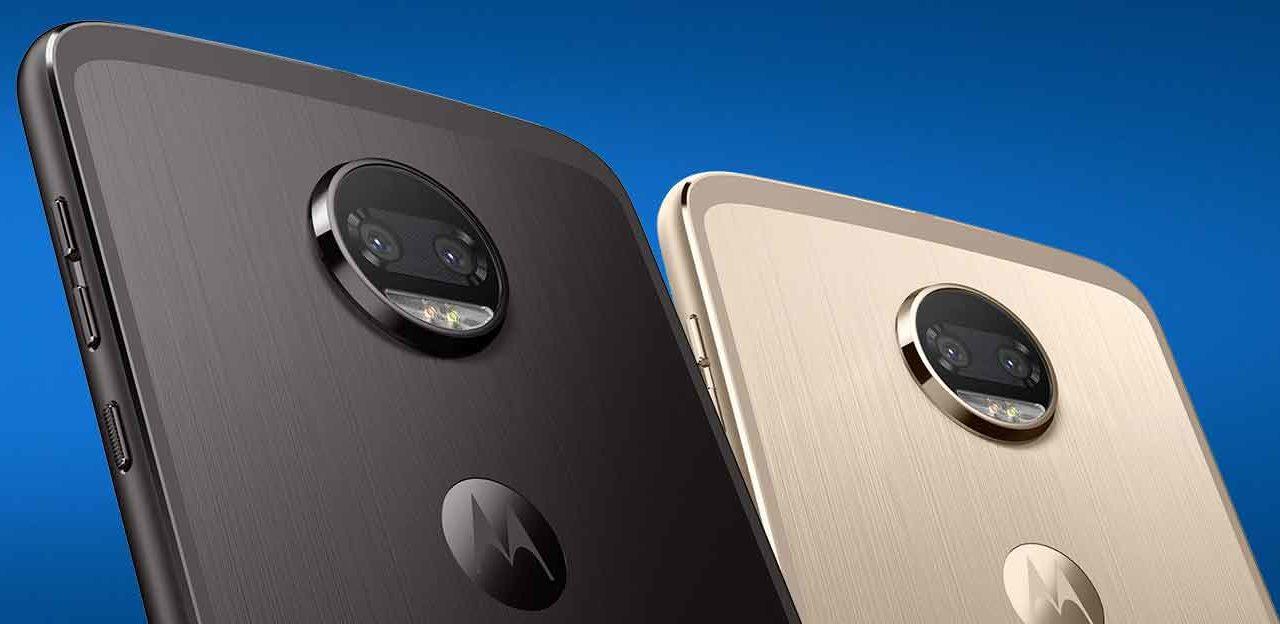 Así es el MotoMod de realidad virtual para los móviles Motorola