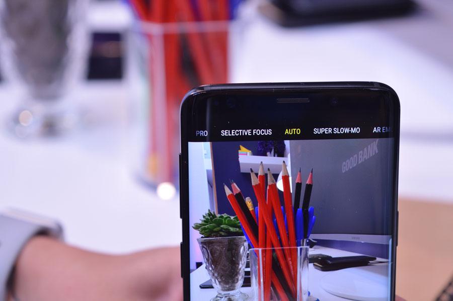 comparativa Huawei P20 Pro o Samsung Galaxy S9+ cámara frontal Galaxy S9+