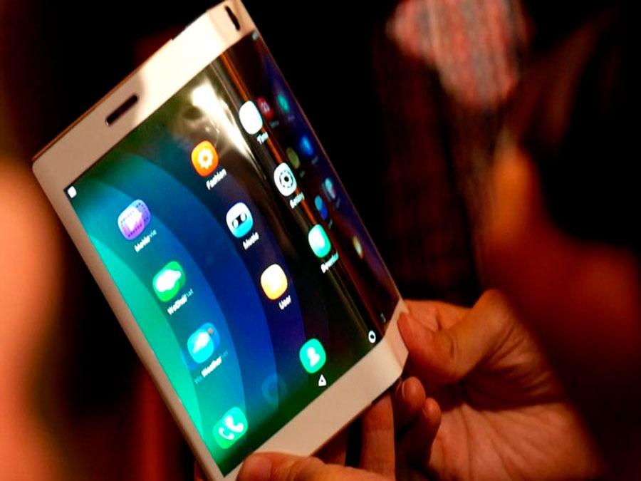 Huawei además estaría organizando su personal teléfono plegable