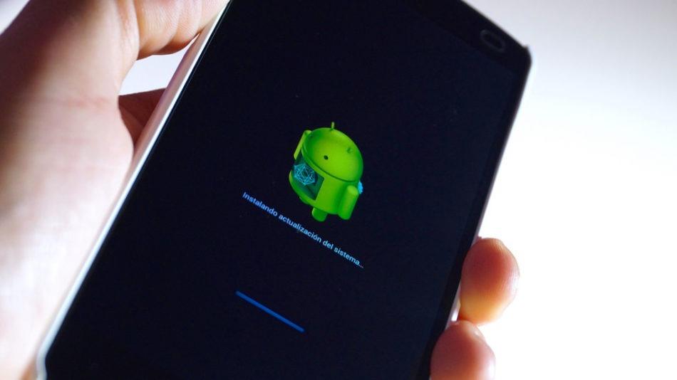 Cómo forzar una actualización en Android en móviles y tablets