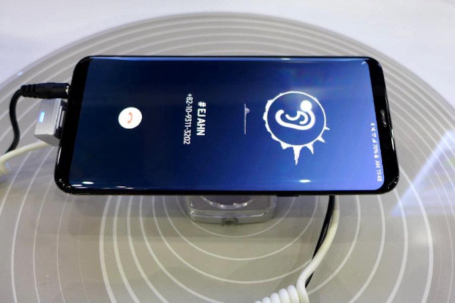 El Samsung Galaxy S10 y el LG G8 podrían tener una pantalla que emite sonido