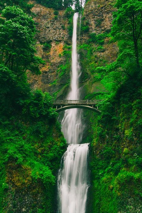 multnomah-falls-2089902_960_720