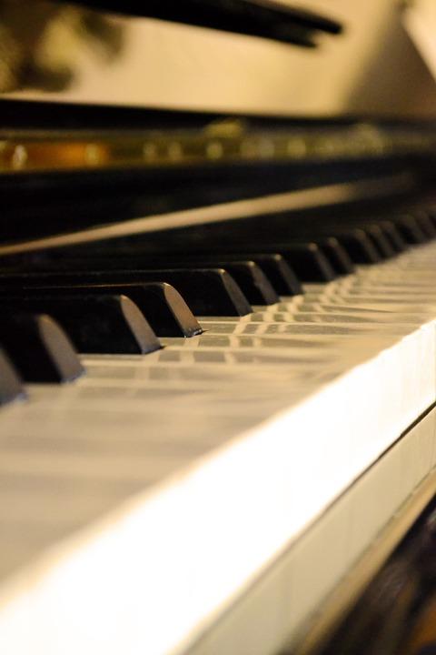 piano-218367_960_720