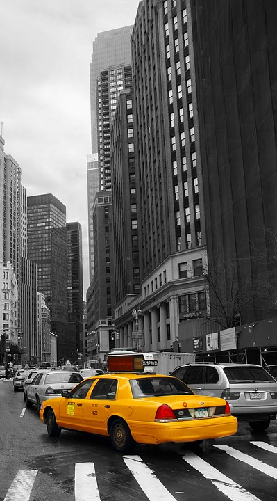 taxi-355625_960_720