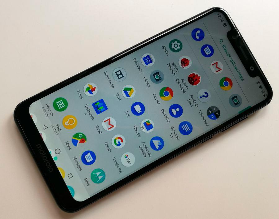 comparativa Samsung Galaxy A7 2018 vs Motorola Moto One procesador Moto One