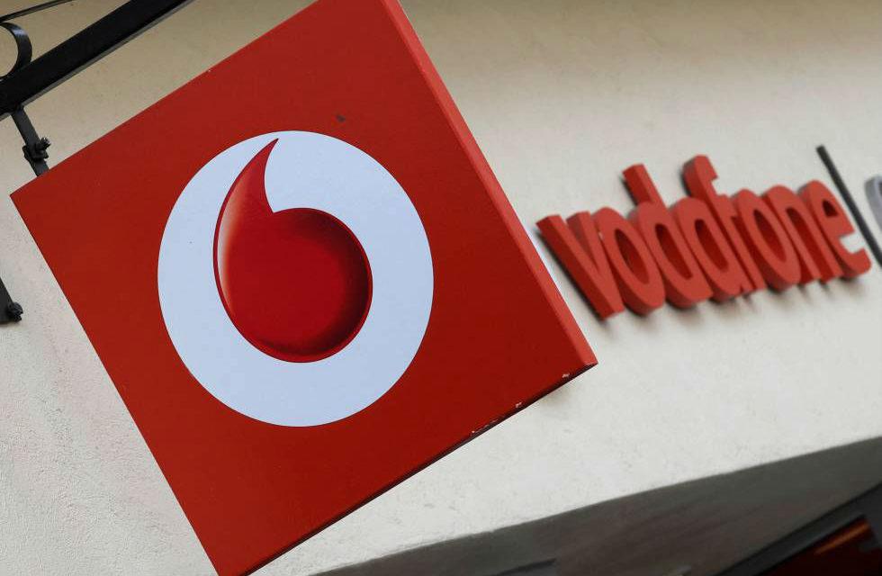Vodafone reduce el nivel de ingresos por servicio en España en un 6,4%
