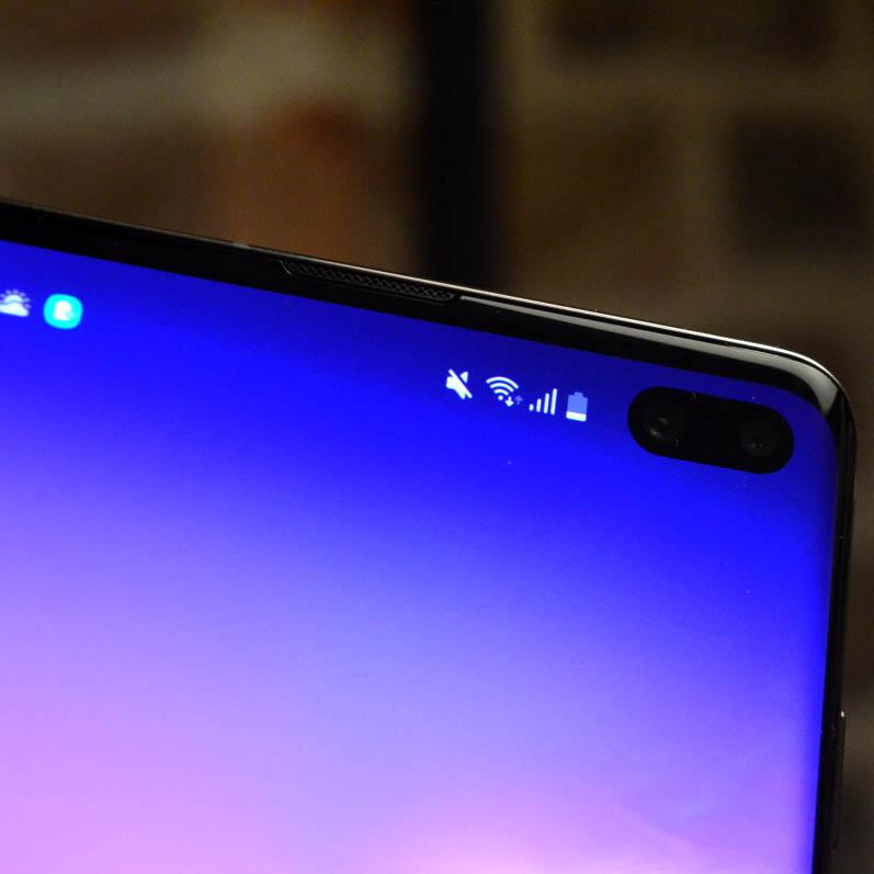 Samsung-galaxy-s10-plus camara delantera