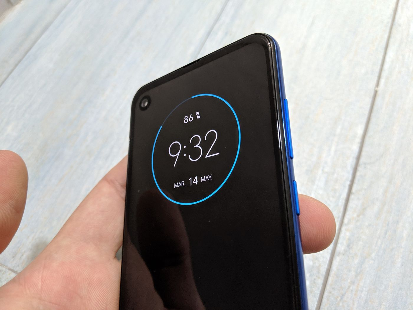 motorola one vision moto display