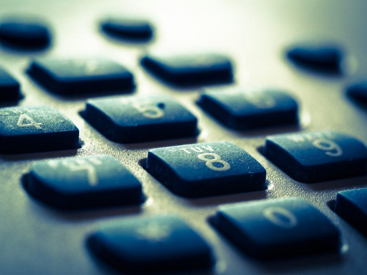 900900861 quien es llamada
