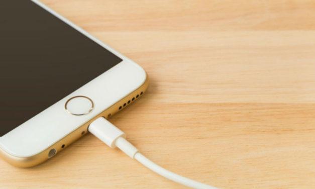 Mi iPhone no enciende y no carga, ¿qué puedo hacer?