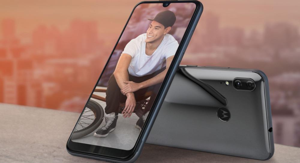 Motorola Moto E6 Plus, móvil de gama de entrada con batería extraíble