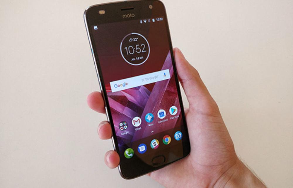 El Moto Z2 Play empieza a actualizarse a Android 9 Pie
